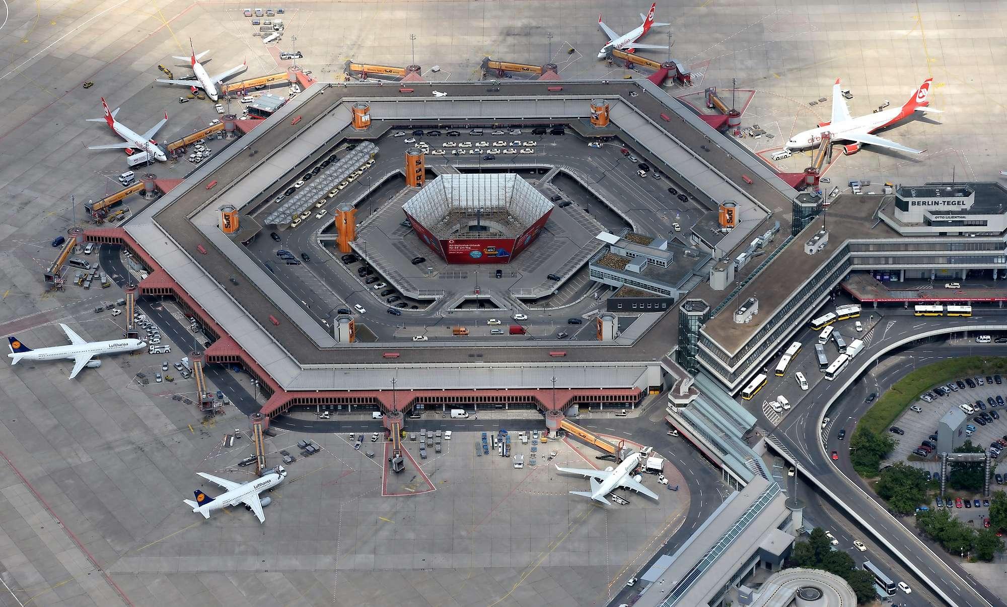 Return to txl germania opens station at berlin tegel for Flughafen tegel