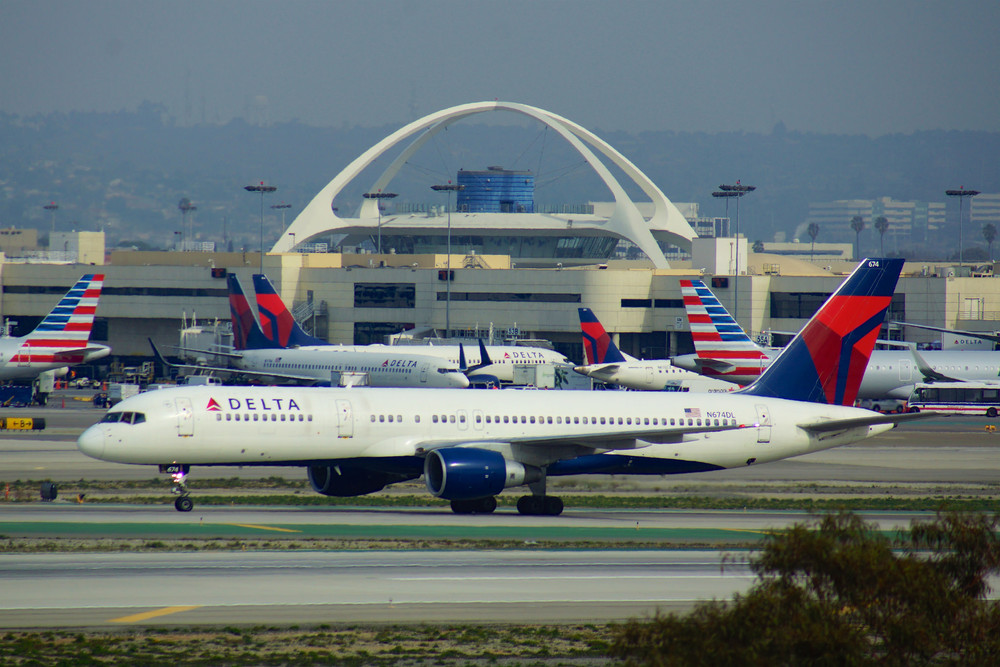 Delta, Los Angeles World Airports prepare for construction